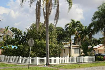 6391 RODMAN ST, Hollywood, FL 33023 - Photo 2