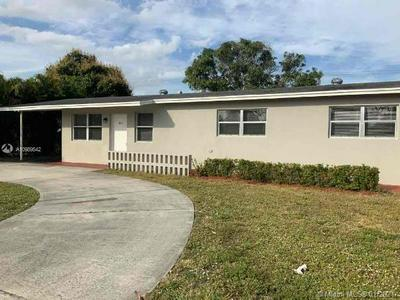 405 E GATEWAY BLVD, Boynton Beach, FL 33435 - Photo 1