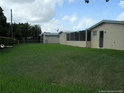 6500 SW 9TH ST, Pembroke Pines, FL 33023 - Photo 2