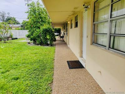 704 SE 21ST ST APT 2, Fort Lauderdale, FL 33316 - Photo 2