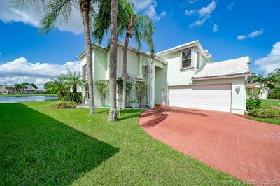10680 PLAINVIEW CIR, Boca Raton, FL 33498 - Photo 1