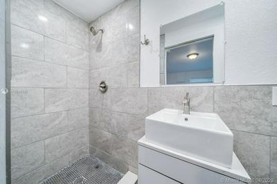 1948 WILEY ST D, HOLLYWOOD, FL 33020 - Photo 2