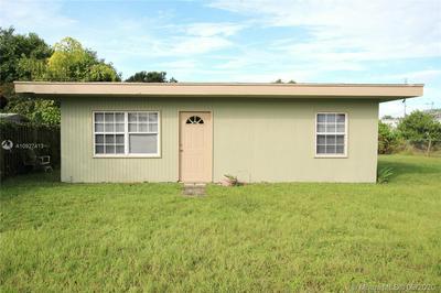 1052 10TH ST, Bulkhead Ridge, FL 34974 - Photo 1