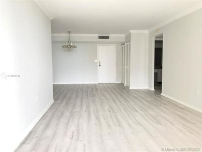 210 174TH ST APT 918, Sunny Isles Beach, FL 33160 - Photo 1