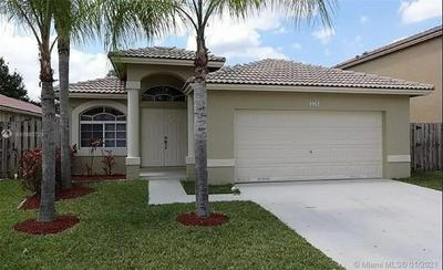 178 SW 206TH AVE, Pembroke Pines, FL 33029 - Photo 1
