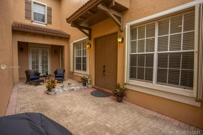 859 SW 147TH TER, Pembroke Pines, FL 33027 - Photo 2