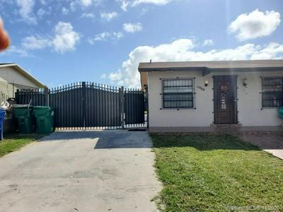 15360 SW 303RD ST, Homestead, FL 33033 - Photo 2