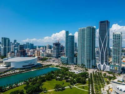 1000 BISCAYNE BLVD UNIT 3802, Miami, FL 33132 - Photo 2