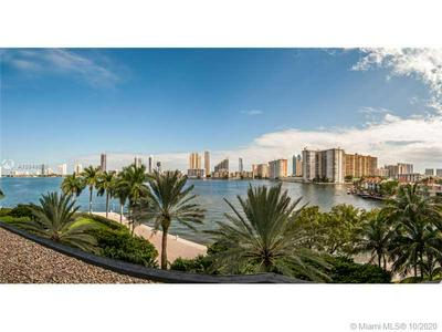 2600 ISLAND BLVD APT 403, Aventura, FL 33160 - Photo 1