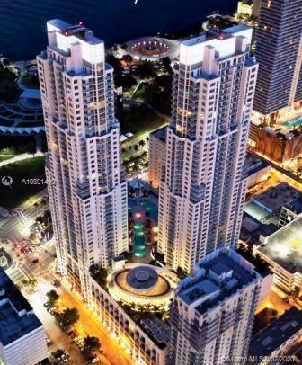 244 BISCAYNE BLVD APT 303, Miami, FL 33132 - Photo 1