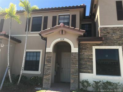 9238 W 33RD LN # 9238, Hialeah, FL 33018 - Photo 2