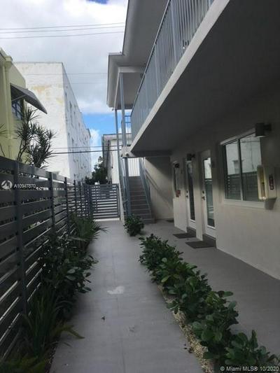 740 MERIDIAN AVE APT 15, Miami Beach, FL 33139 - Photo 2