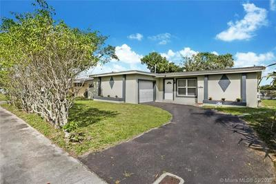 2616 NW 73RD AVE, SUNRISE, FL 33313 - Photo 2