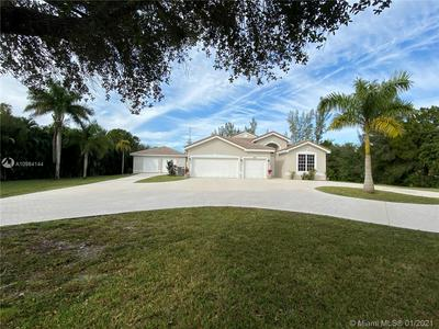 4801 SW 111TH TER, Davie, FL 33328 - Photo 2