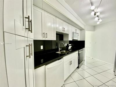 6921 ENVIRON BLVD APT 2P, Lauderhill, FL 33319 - Photo 2
