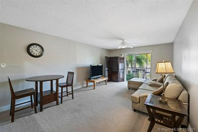 101 E MCNAB RD APT 427, Pompano Beach, FL 33060 - Photo 1