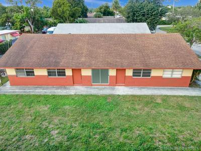 2610 RIVERLAND DR # 1, Fort Lauderdale, FL 33312 - Photo 2