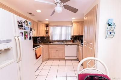9861 SUNRISE LAKES BLVD APT 101, Sunrise, FL 33322 - Photo 2