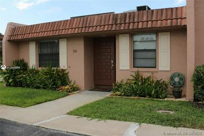 34 TOLEDO CT 1-35, DAVIE, FL 33324 - Photo 1