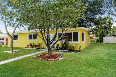 1142 NW 15TH ST, Fort Lauderdale, FL 33311 - Photo 2