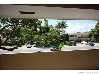 1340 NE 28TH AVE APT 241, Pompano Beach, FL 33062 - Photo 2