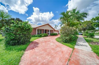 7500 SW 20TH ST, Plantation, FL 33317 - Photo 2