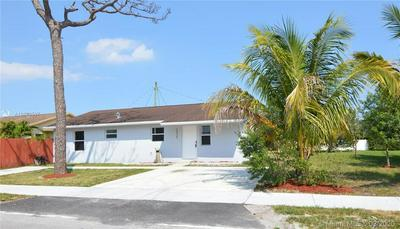 2535 SW 62ND AVE, MIRAMAR, FL 33023 - Photo 2