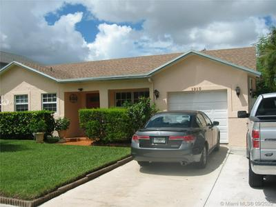 1910 SW 87TH AVE, North Lauderdale, FL 33068 - Photo 2
