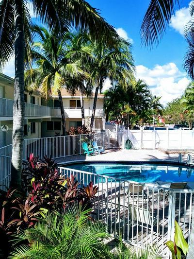 1848 NE 46TH ST APT G4, Fort Lauderdale, FL 33308 - Photo 1