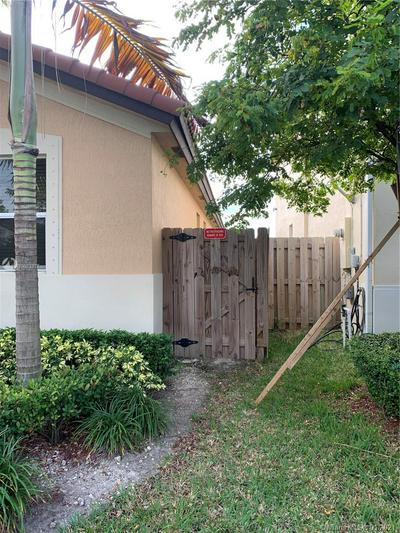 25314 SW 121ST CT, Homestead, FL 33032 - Photo 2