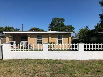 341 W HAITI AVE, Clewiston, FL 33440 - Photo 1