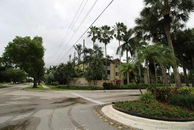 420 S PARK RD # 2-209, Hollywood, FL 33021 - Photo 1