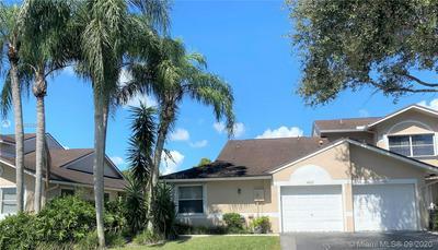 4933 W LAKES DR # 4933, Deerfield Beach, FL 33442 - Photo 2