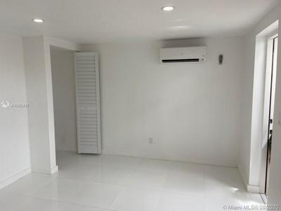 8570 TAFT ST # 8570, Pembroke Pines, FL 33024 - Photo 2