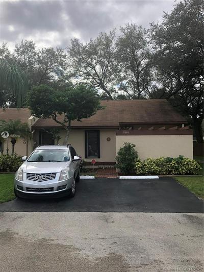 9840 NW 16TH ST # 1, Pembroke Pines, FL 33024 - Photo 2