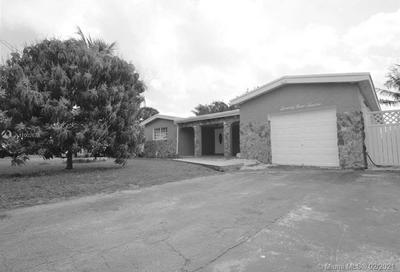 7912 GRANADA BLVD, Miramar, FL 33023 - Photo 1