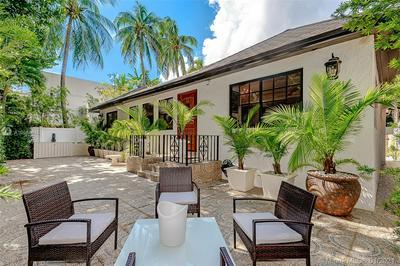 242 MERIDIAN AVE, Miami Beach, FL 33139 - Photo 2