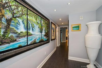 3101 S OCEAN DR APT 406, Hollywood, FL 33019 - Photo 2