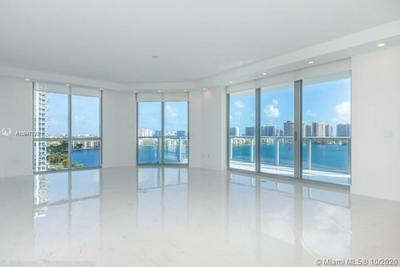 17111 BISCAYNE BLVD UNIT 1009, North Miami Beach, FL 33160 - Photo 2