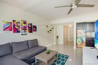 1250 WEST AVE APT 15P, Miami Beach, FL 33139 - Photo 2