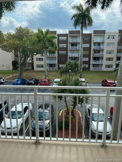 6950 MIAMI GARDENS DR 2-315, Hialeah, FL 33015 - Photo 2