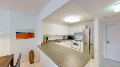 2301 COLLINS AVE APT 920, Miami Beach, FL 33139 - Photo 2