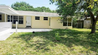301 S 57TH AVE, HOLLYWOOD, FL 33023 - Photo 2