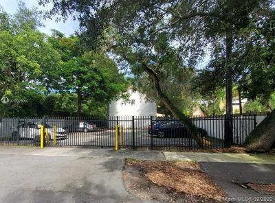 2925 CENTER ST APT 4, Miami, FL 33133 - Photo 1