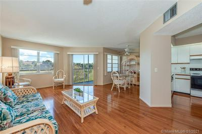 701 SW 128TH AVE APT 302F, Pembroke Pines, FL 33027 - Photo 2