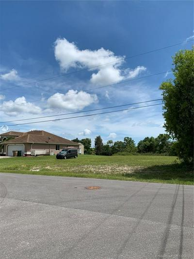 302 NE 6TH ST, Cape Coral, FL 33909 - Photo 2