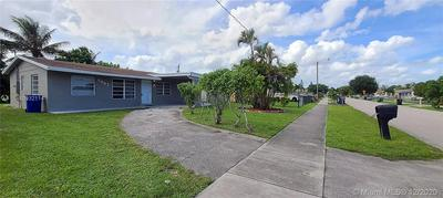 2051 NW 28TH AVE, Fort Lauderdale, FL 33311 - Photo 2