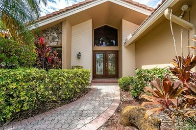 9861 SW 2ND ST, PLANTATION, FL 33324 - Photo 2