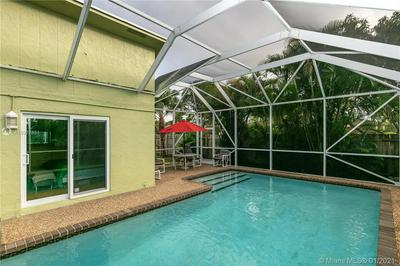 8130 SW 9TH ST, North Lauderdale, FL 33068 - Photo 2