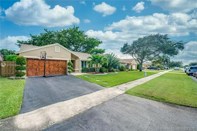 10290 NW 31ST CT, Sunrise, FL 33351 - Photo 2
